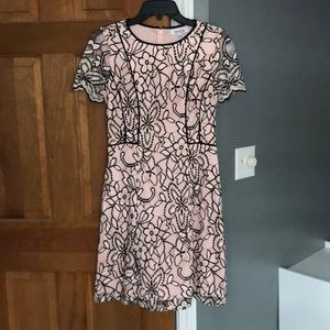 Kensie lace foral black and pink dress
